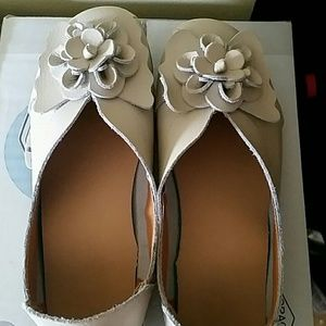Shoes - Light beige or Cream soft leather shoes